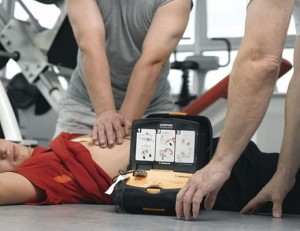 defibrillatore foto generica